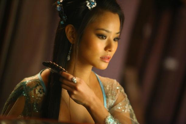 jamie-chung-in-the-man-with-the-iron-fists_612x409