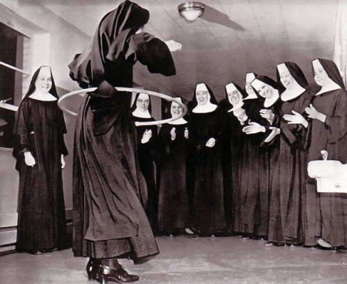 funny-nuns-fun-awesome-30